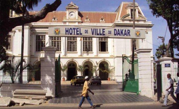Conseil municipal de Dakar- les conseillers municiapux votent une motion de soutien à Khalifa Sall
