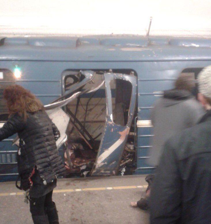 Explosion dans le métro de Saint-Pétersbourg: au moins 10 morts