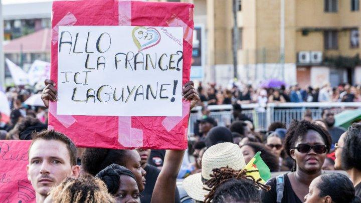 """Guyane : le collectif rejette le plan de Paris et exige 2,5 milliards d'euros """"tout de suite"""""""