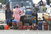 Sénégal-baisse du prix du carburant : un soulagement incertain