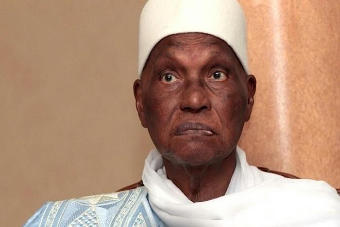 Me Abdoulaye Wade chante Y en a marre et appelle à une participation du Pds à leur marche