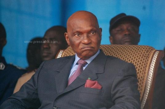 Le président de la République du Sénégal, Abdoulaye Wade se défend