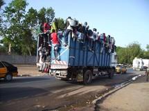 Sénégal Magal transport gros porteurs: quand les fidèles côtoient la mort