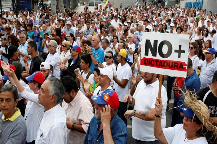 Manifestations au Venezuela: l'opposition veut frapper un grand coup