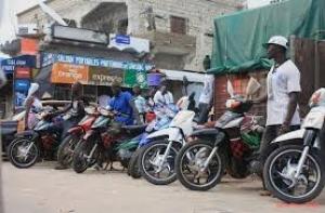 Louga: affrontements entre conducteurs de motos Jakarta et policiers