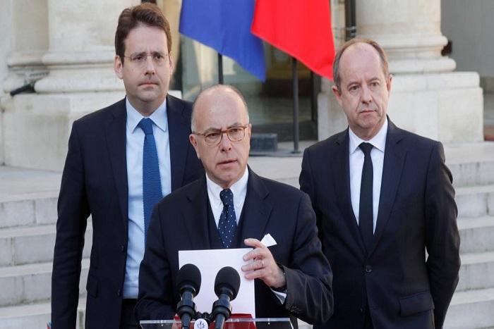Terrorisme en France: Bernard Cazeneuve accuse des candidats de surenchère