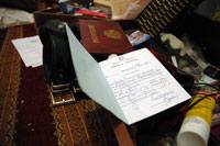 Des effets personnels dispersés dans la chambre du chef de l'Etat.