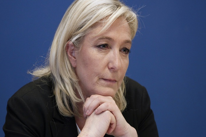 Soupçons d'emplois fictifs au FN : 5 millions d'euros de préjudice ?