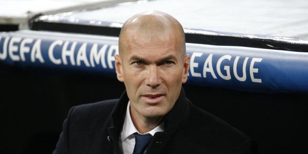 """Zinédine Zidane appelle les Français """"à éviter le Front national"""""""