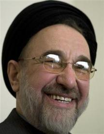 Khatami confirme son retrait de la course présidentielle en Iran