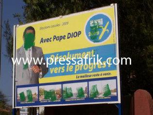 Sénégal -sabotage des affiches des candidats : mépris des citoyens, colère des imprimeurs