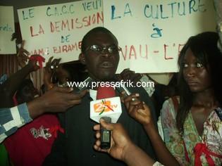 le porte parole des manifestants, Mohamadou Top.
