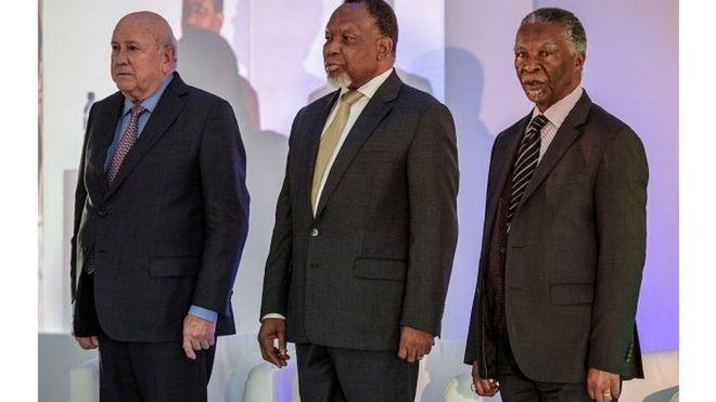 Afrique du sud : trois anciens présidents appellent au dialogue