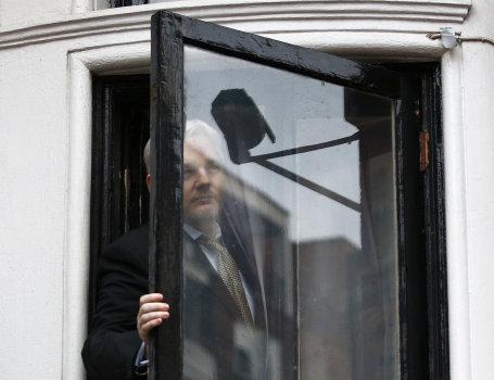 L'enquête pour viol contre Julian Assange en Suède classée sans suite