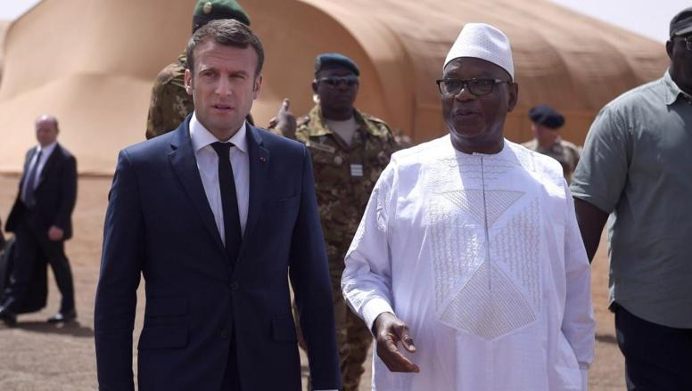 Mali: Emmanuel Macron accueilli à Gao par son homologue IBK