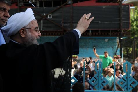 Présidentielle en Iran: le président sortant Rohani quasiment réélu