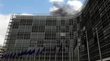 Situé au coeur du quartier européen de la ville, le Berlaymont, a une surface de 240.000 mètres carrés, répartis sur seize niveaux.(Photo:  AFP)