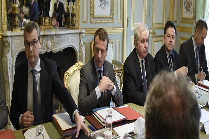  Emmanuel Macron veut prolonger l'état d'urgence jusqu'au 1er novembre