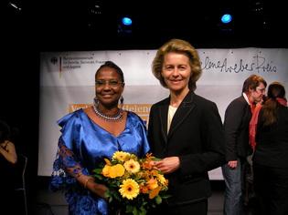 Mme Ursula von der Leyen, ministre de la Famille, des personnes du 3 eme age, des Femmes et de la Jeunesse
