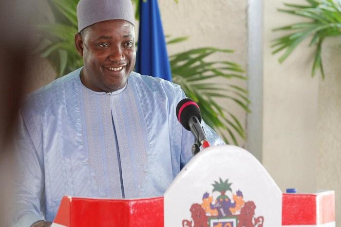 Gambie: bilan mitigé après 100 jours de pouvoir d'Adama Barrow