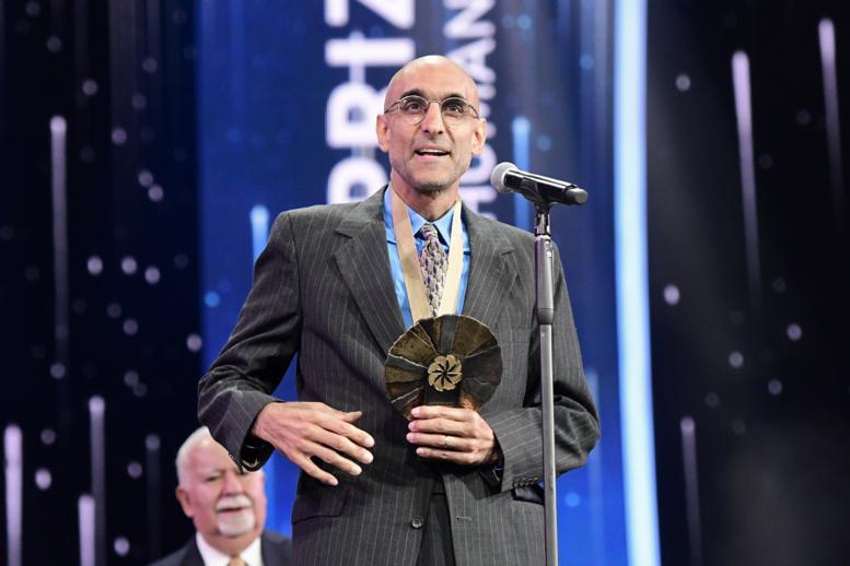 Le Prix Aurora de 1,1 million de Dollars pour Awakening Humanity a été remis au Dr Tom Catena