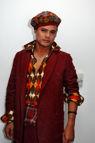 le styliste malgache Eric Raisini (photo: www.spoolartist.blogspot.com/)