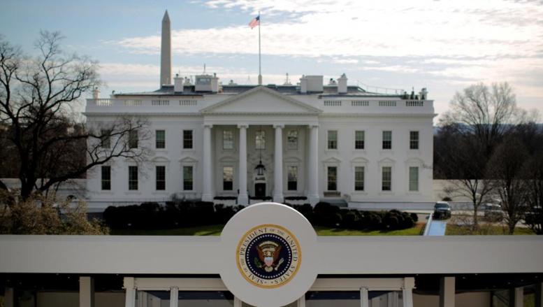 Etats-Unis: le directeur de la communication de Donald Trump démissionne