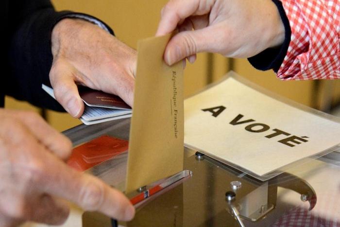 Législatives: les tendances des 9e et 10e circonscriptions des Français de l'étranger