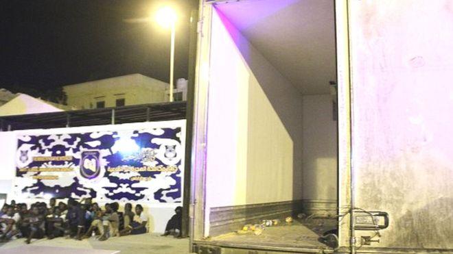 Sept migrants meurent asphyxiés dans un camion en Libye