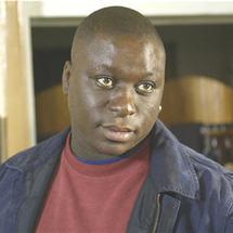Le comédien français d'origine sénégalaise a une santé très fragile depuis son AVC le 24 février (photo: linternaute.com)