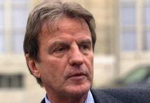 Le Ministre français des Affaires étrangères et européennes, M. Bernard Kouchner,