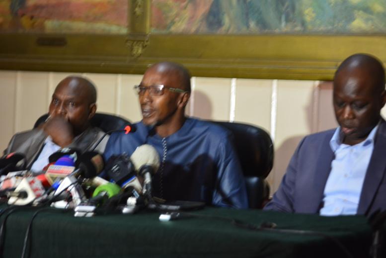 """Me Demba Ciré Bathily : """"Un candidat ne peut pas faire l'objet de poursuites et Khalifa est candidat"""""""