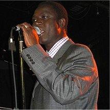 Le lead vocal du Groupe Ram Dan, Thione Seck artiste-compositeur