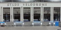 Un mort et plusieurs blessés dans l'effondrement d'une scène au Stade-Vélodrome