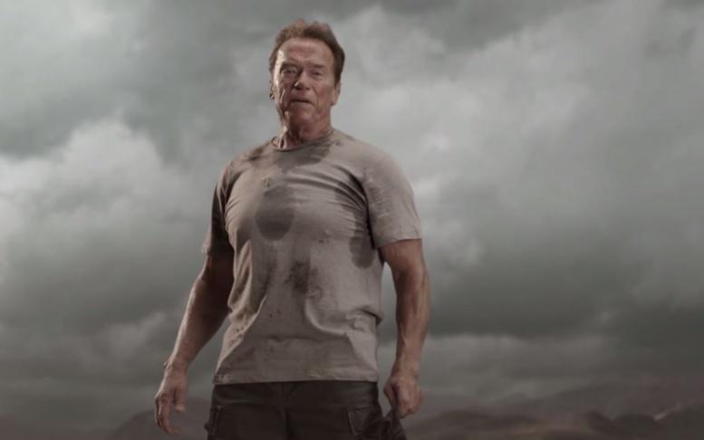Schwarzenegger, un défenseur de l'environnement habitué aux coups de com' face à Macron