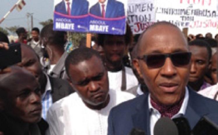 Législatives: «Il va falloir envisager le prolongement de la durée du vote», Abdoul Mbaye