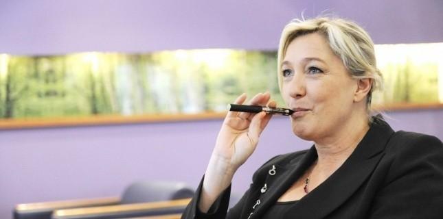 En bonne fumeuse, Marine Le Pen s'oppose vivement à l'augmentation du prix du paquet de cigarette