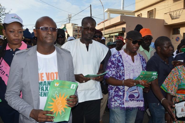 Législatives : Moussa Sy et Barthélémy Dias sillonnent les rues de la Patte d'Oie (Images et Vidéo)