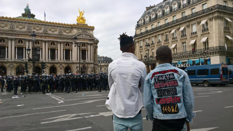 Le concert d'Héritier Watanabe à Paris interdit après des débordements
