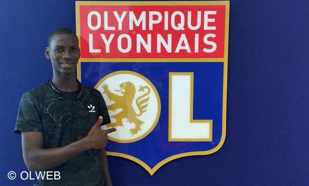 Ousseynou Ndiaye, milieu offensif sénégalais de 18 ans, rejoint l'OL
