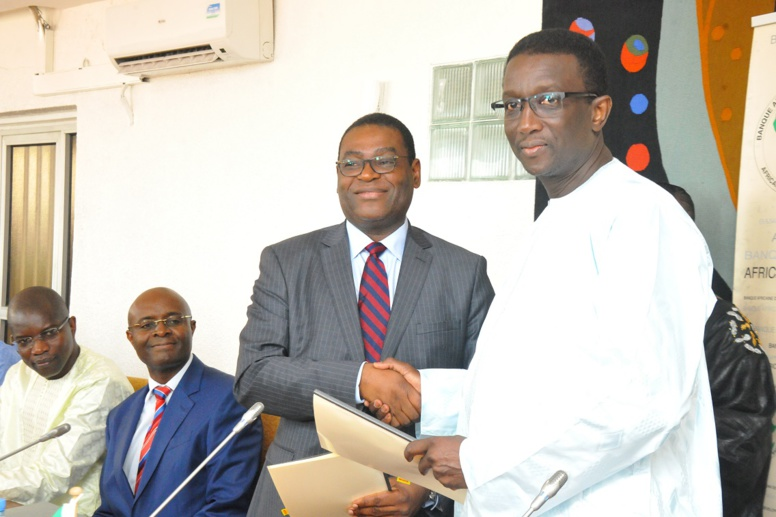 TER Dakar-AIBD : le financement bouclé, Amadou BA chante la BAD