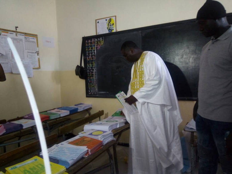 Direct - Législatives 2017 - Médina: Bamba Fall vient de voter
