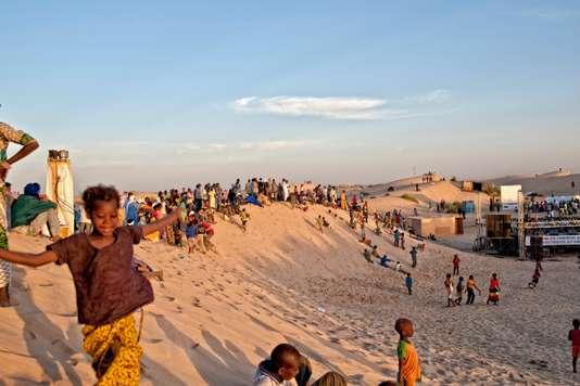 Au Mali, une scène nomade au milieu des sables