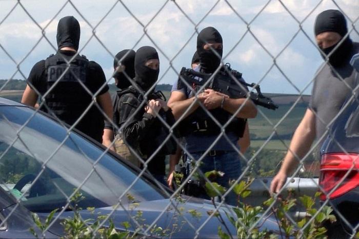 Militaires renversés à Levallois: le suspect inconnu des services de police