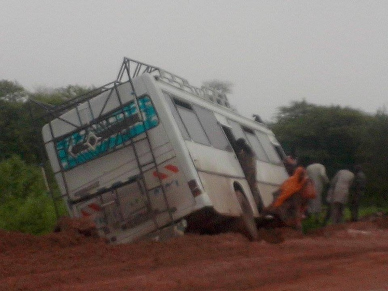 Urgent - Nouvel accident sur la route de Khombole : Un bus tue 2 personnes