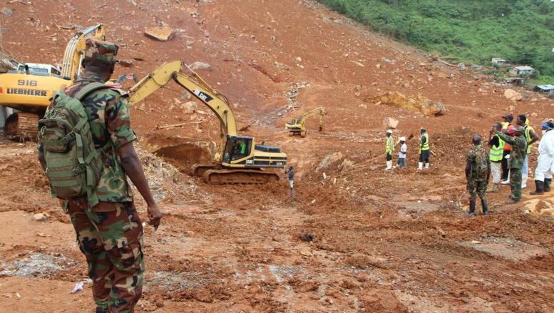 Inondations en Sierra Leone: Freetown compte ses morts et soigne les rescapés