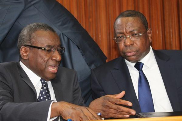 Mankeur Ndiaye passe les clés de la diplomatie à Me Sidiki Kaba et reste à sa...