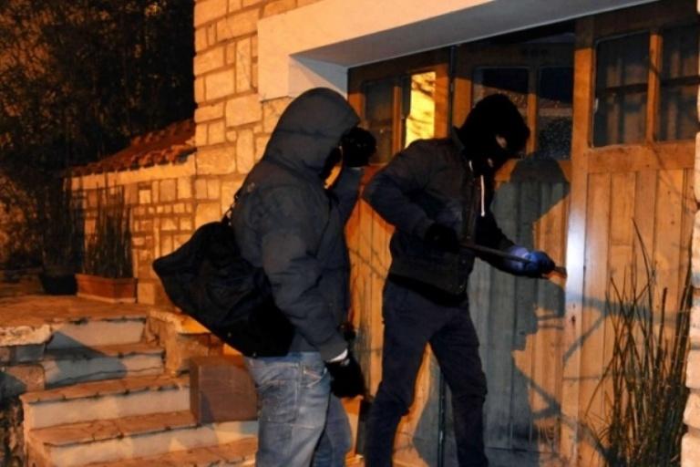 Scandale à l'Ucad : La bourse des étudiants cambriolée dans le bureau du...