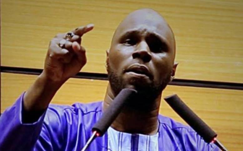 Meeting à Paris contre le F CFA : Kémi Séba s'attaque à Macky Sall