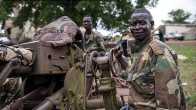 RCA: inclusion des groupes armés dans le gouvernement